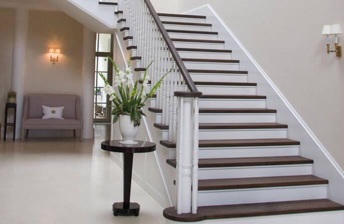 Avec Quoi Peindre Escalier Bois Maison Directe