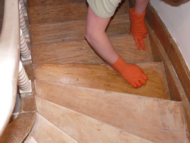 Comment Decaper Un Escalier En Bois Exotique Maison Directe